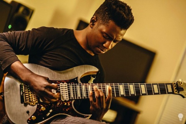 Tosin-Abasi-ripping-it1